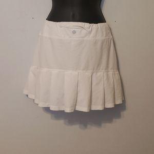 Lululemon tennis skirts size 8